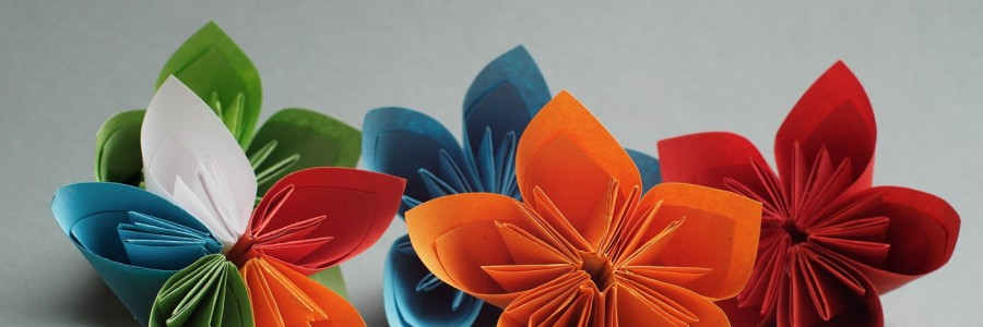 Paper flowers, a modern solution?